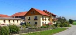 fischer-bauernhofferien-erlebnisbauernhof-ferienhaus-ansicht-260.jpg