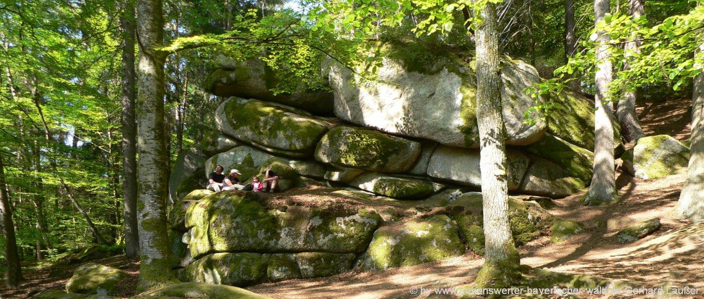hoellbachtal-romantisches-wandergebiet-bayern-wanderurlaub