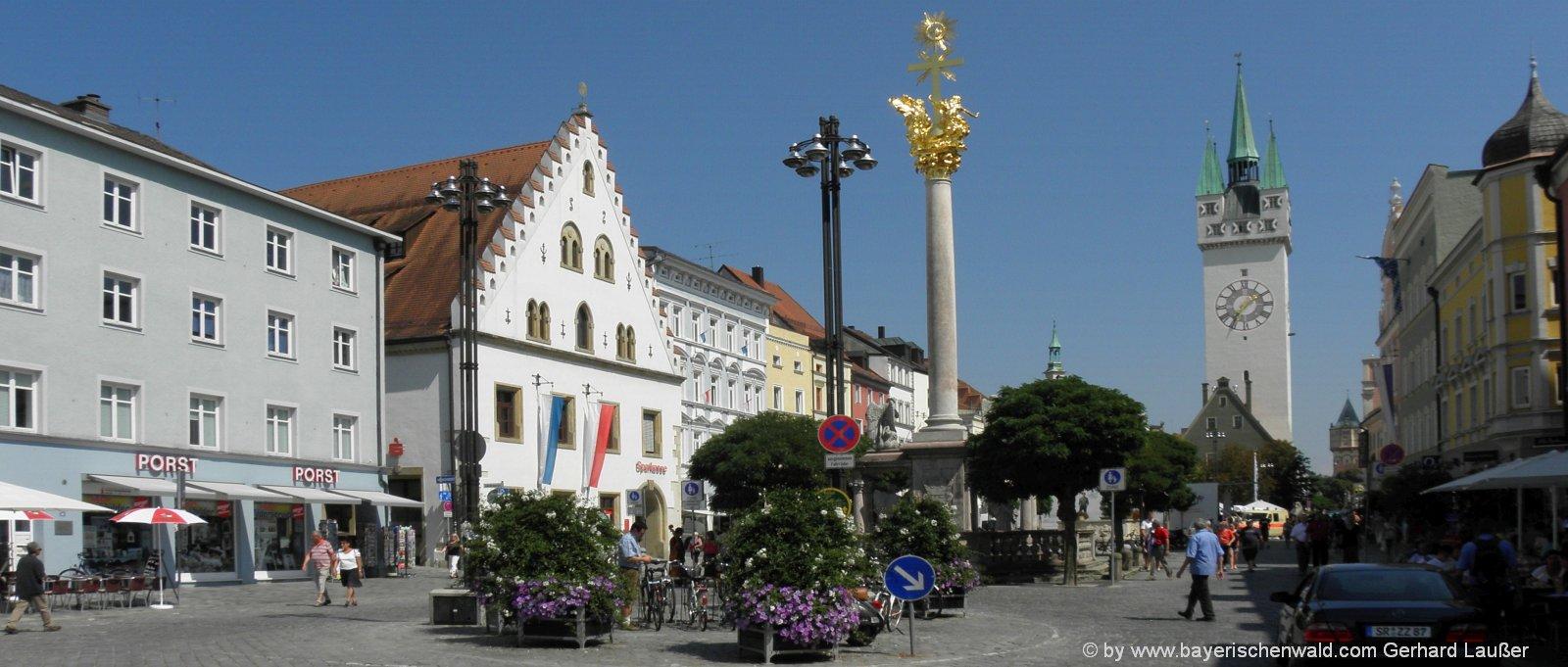 straubing-sehenswuerdigkeiten-niederbayern-ausflugsziele-wahrzeichen-stadtturm