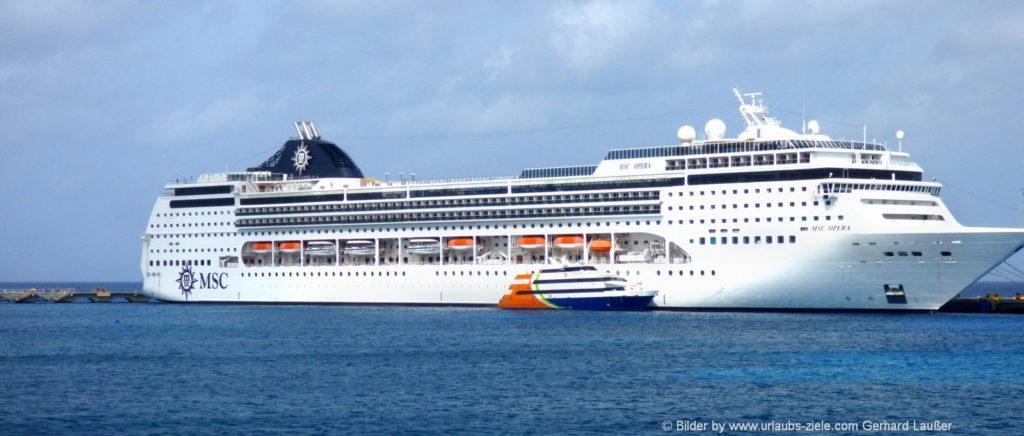 Fähren zu den Kanarischen Inseln